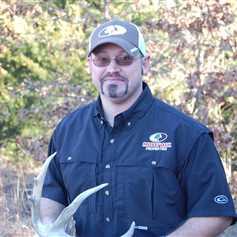 Jake Kolb : Mossy Oak Properties of the Heartland Farm and Land Realty