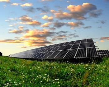 LandThink Pulse: Americans Slow to Embrace Solar Energy Development on Public Land