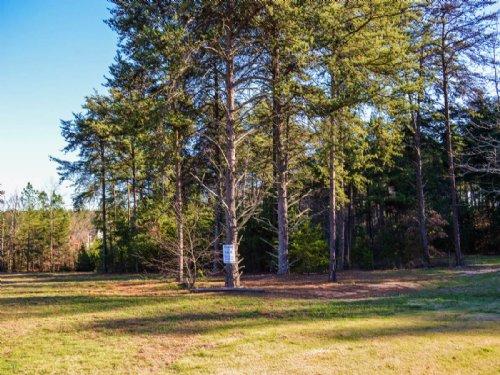 1.4 Acre Lot In Inman Subdivision : Inman : Spartanburg County : South Carolina