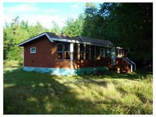 Howland River Cabin W/guest Cabin : Howland : Penobscot County : Maine