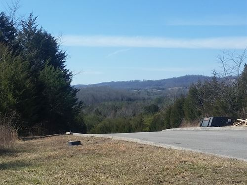 Corner Lot In Golf Community : Tazewell : Claiborne County : Tennessee