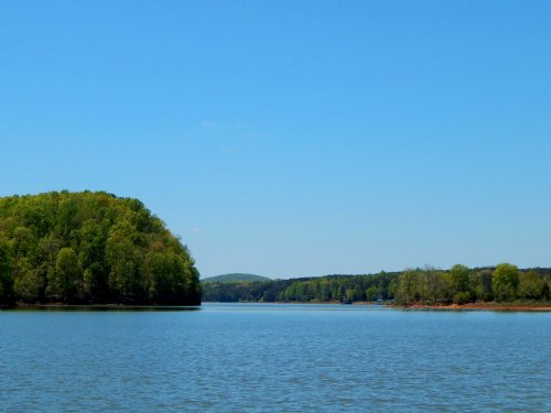 Ultimate Virginia Lakefront : Pittsville : Pittsylvania County : Virginia