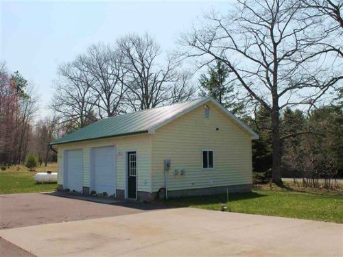 13831 Ford Dr., Mls 1104185 : Lanse : Baraga County : Michigan