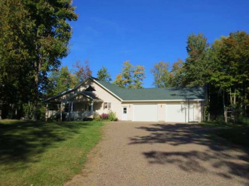 Close To Lakes And Recreation : Enterprise : Oneida County : Wisconsin