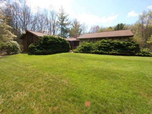 Spacious Home W/acreage : Mouth Of Wilson : Grayson County : Virginia