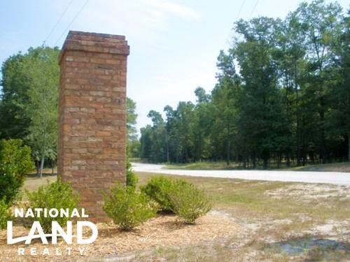 10.15 Acre Hound Hollow Equestrian : Camden : Kershaw County : South Carolina