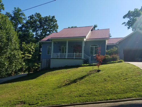 Cherokee Lake View Home : Mooresburg : Hawkins County : Tennessee