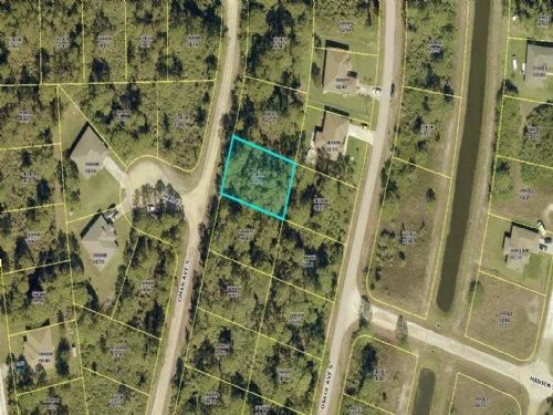 Power Ready Land In Lehigh Acres : Lehigh Acres : Lee County : Florida