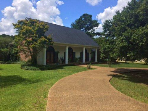 Home In Pinehurst Estates McComb Ms : McComb : Pike County : Mississippi