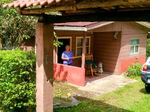 Mountain 2bed Cabin, Springs, Creek : El Guarco De Cartago : Costa Rica