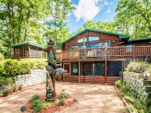Flambeau Lake Log Home : Lac Du Flambeau : Vilas County : Wisconsin