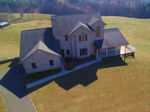 Custom Built Home With Amazing View : Independence : Grayson County : Virginia