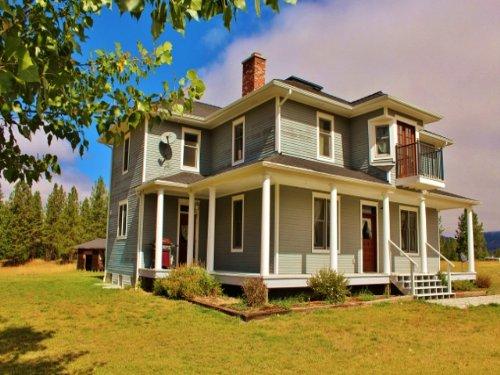 Montana Beautifully Remodeled Victo : Superior : Mineral County : Montana