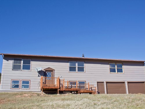 Acreage With Family Home : Sundance : Crook County : Wyoming