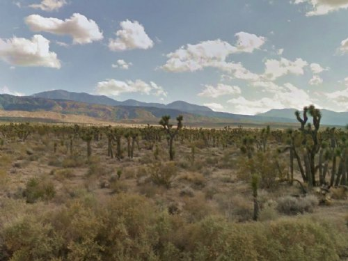 2.49 Acres Of Land With Road Access : Llano : Los Angeles County : California