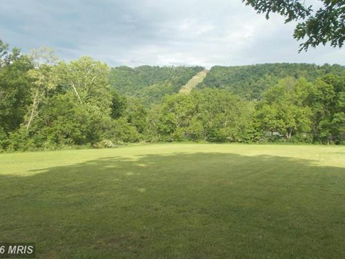 Beautiful Level Acreage : New Creek : Mineral County : West Virginia