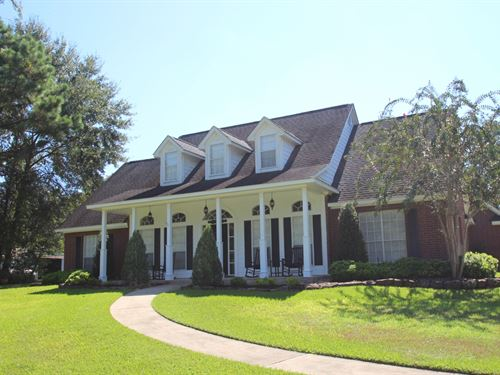 Hills Lake Ranch : Montgomery : Texas