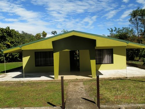 River- 3/2 Home & 9+ Ac- Small Town : Pejibaye : Costa Rica