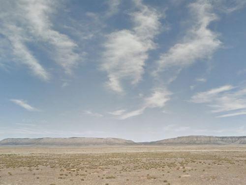 1.46 Acres In Seligman, Az : Seligman : Yavapai County : Arizona