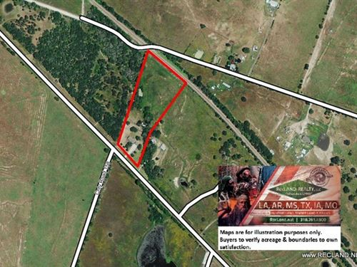 7.4 Ac - Remodeled Brick Home On Ac : Bedias : Grimes County : Texas