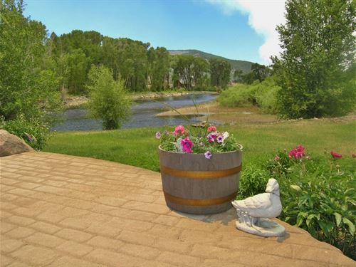 Trophy Home On The River : South Fork : Rio Grande County : Colorado