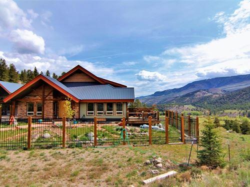 Custom Home With Views : Lake City : Hinsdale County : Colorado