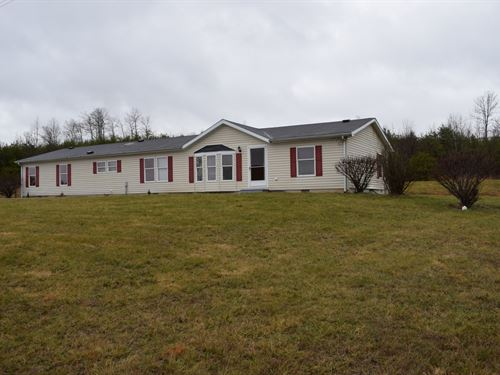 10.6 Acre Tract W 2000 Sq Ft Home : Patriot : Gallia County : Ohio