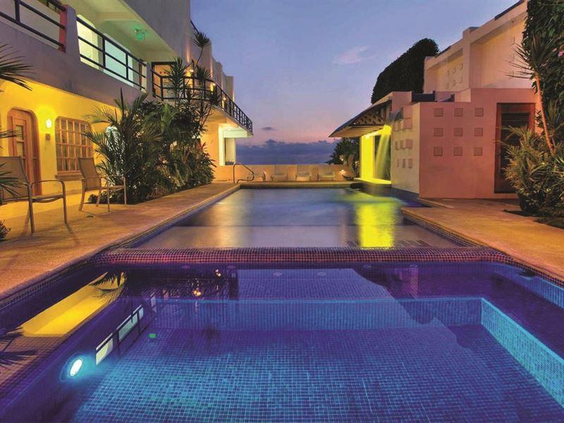 Beachfront Hotel/Luxury Properties : Jaco : Costa Rica