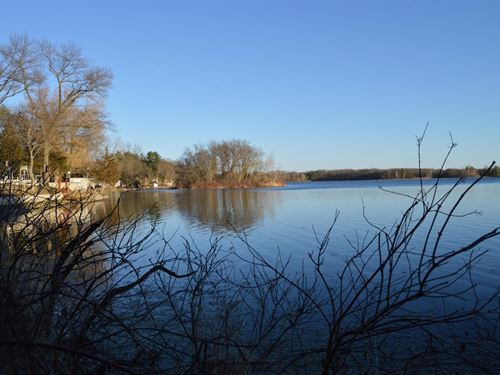 Lawrence Lake Lot Online Auction : Westfield : Marquette County : Wisconsin