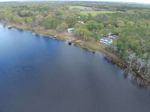 Mobile Home On A Lake : Branford : Lafayette County : Florida