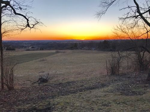 Beautiful 1.5 Acre Lot, 15 Mi View : Verona : Dane County : Wisconsin