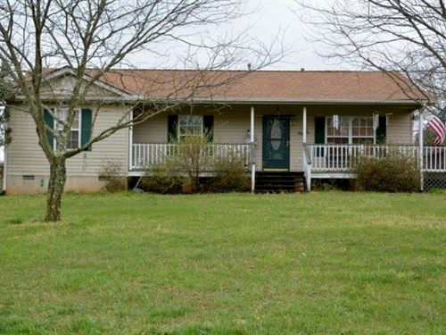 Charming Home : Farmville : Buckingham County : Virginia