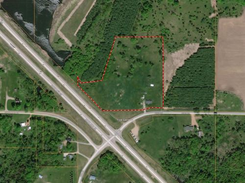 9+/- Acres With A Home In Tigerton : Tigerton : Columbia County : Wisconsin