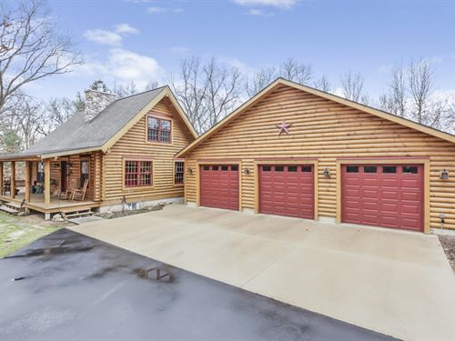 Captivating Log Home On Acreage : Allegan County : Michigan