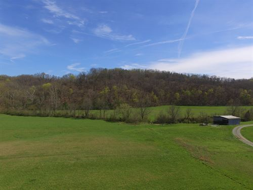 8.547 Acres W/ Creek, Barn, Ect. : Bybee : Cocke County : Tennessee