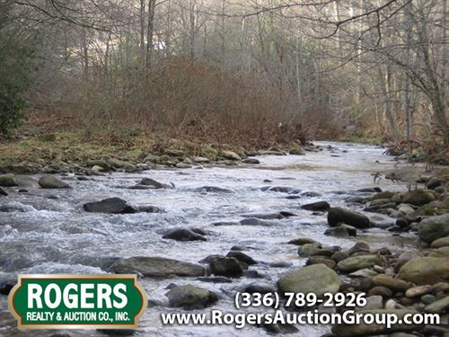 4.9 Acres On Watauga River : Banner Elk : Watauga County : North Carolina
