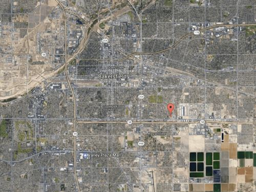 .24 Acres In Bakersfield, CA : Bakersfield : Kern County : California