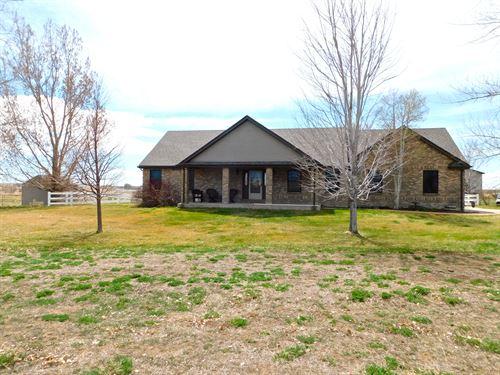 Lark Bunting Home And Shop : Brighton : Adams County : Colorado