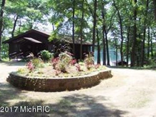 Houseman Lake Sun N Fun : Bitely : Newaygo County : Michigan