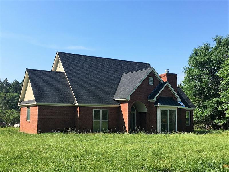 Beautiful 4 Bedroom Home On 15 Ac : Grady : Montgomery County : Alabama