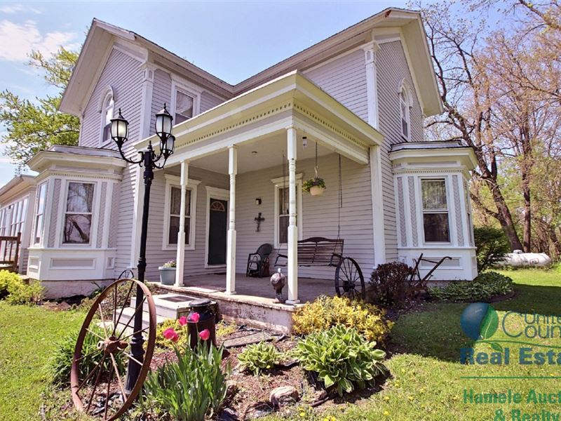 Country Home With 10 Acres Poynette : Poyn : Columbia County : Wisconsin