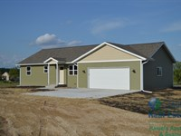 New 3 Bedroom Home With 10 Acres, M : Oxford : Marquette County : Wisconsin