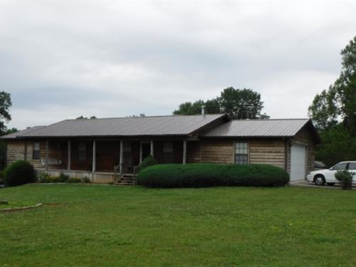 11.58 Acres & Home In Pickett Co. : Pickett : Tennessee