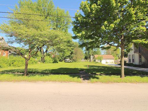 N. Main St - .25 Acres : Creston : Wayne County : Ohio