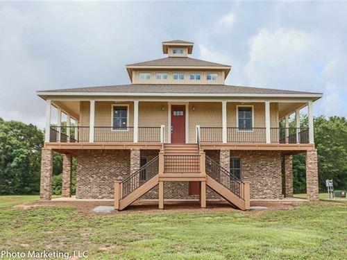 Custom Built Home On 7+ Acres : Perry : Houston County : Georgia
