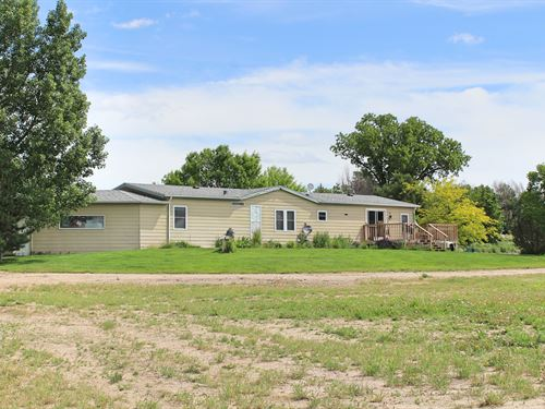 Nice Home With A Good Shop And View : Scottsbluff : Scotts Bluff County : Nebraska
