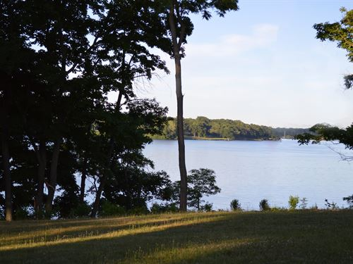 Ultimate Illinois Waterfront Living : Decatur : Macon County : Illinois