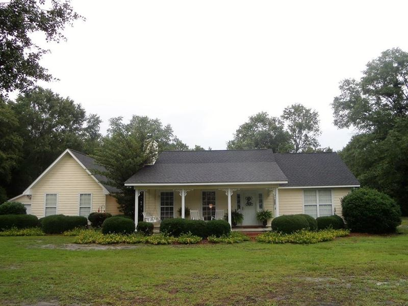Home With 7+ Acres : Jesup : Wayne County : Georgia