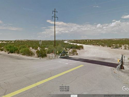 Beautiful Buildable Desert Lot : Ft Hancock : Hudspeth County : Texas