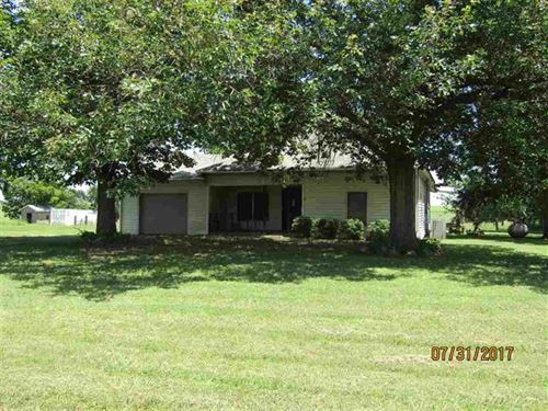 Home With Acreage : Paris : Lamar County : Texas